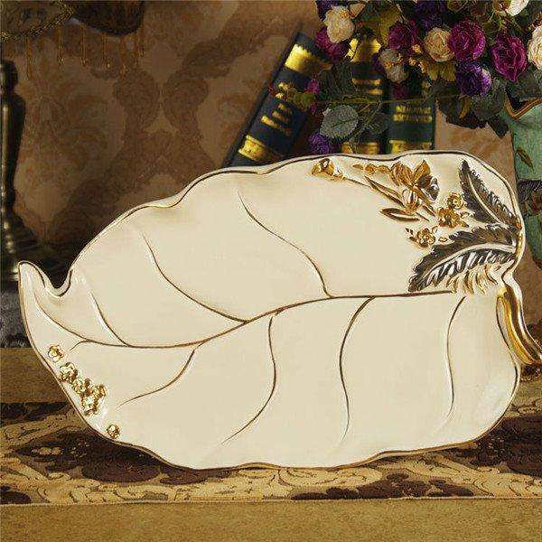 Luxury Gold Trim 6-piece Ceramic Bathroom Accessories