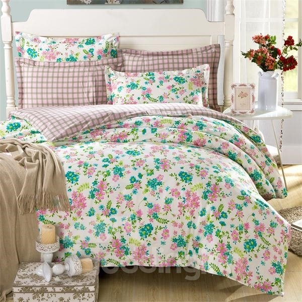 Blooming Flower World Checkered 4-Piece Bedding Sets