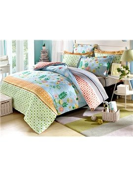 Flowers with Blue Background and Colorful Checkered Pattern 4-Piece Bedding Sets