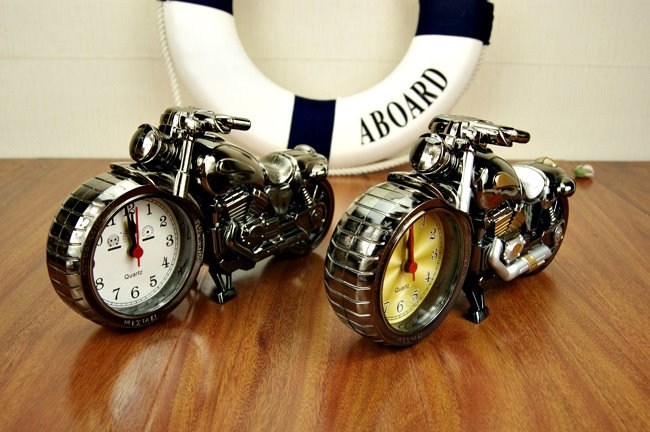 Nice Style and Good Decorative Motorcycle Pattern Alarm Clock
