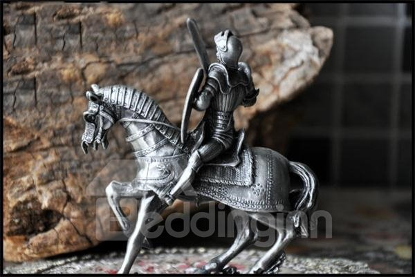Silver and European Style Delicate Knight with Horse Artware