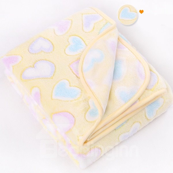 High Quality Flannel Heart Shapet Pattern Baby Blanket