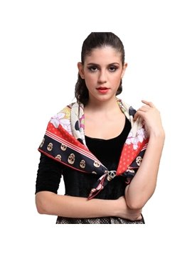 Black And Red Skull Pattern With Roses Beautiful Square Silk Scarf