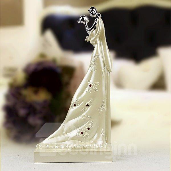 Wedding Gifts Romantic Hugging Lovers Desktop Decoration
