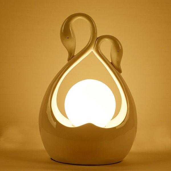 Gorgeous Graceful Swan Design Resin Bedroom Table Lamp