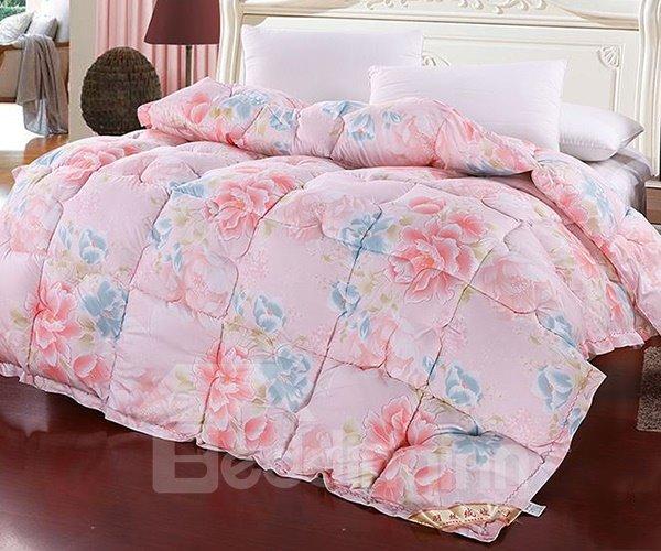 Sweet Flowers Print Plush Polyester Winter Quilt