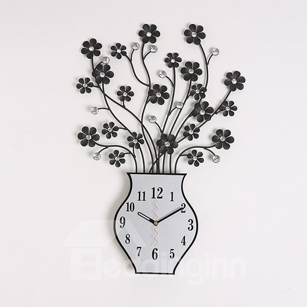 Creative Metal Flowers in Vase Design Decorative Mute Wall Clock