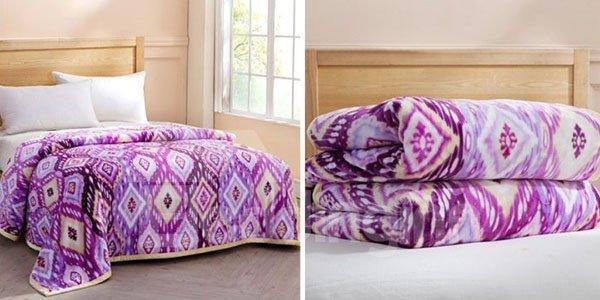 Cozy Geometric Figure Design Purple Flannel Blanket