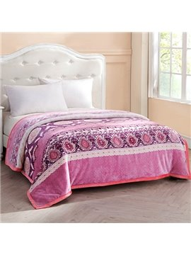 Fancy Jacquard Design European Style Pink Blanket