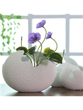 Unique Versatile White Eggshell Design Ceramic Flower Vase Desktop Decoration