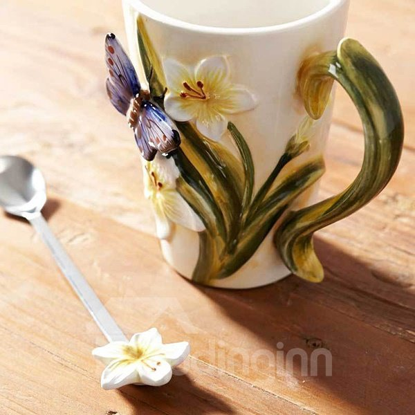 Wonderful White Flowers and Butterfly Pattern Ceramic Coffee Mug
