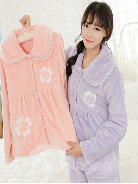 New Arrival Lovely Four Leaf Clover Print Flannel Pajamas Sets