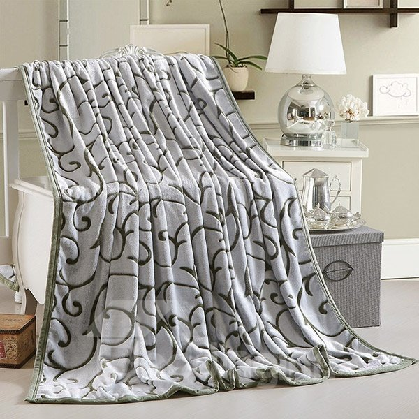 Gorgeous Exquisite Jacquard Design Blanket for All Seasons