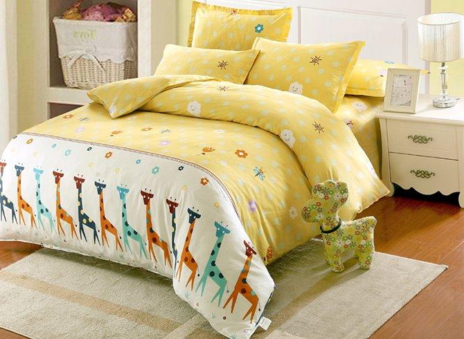 Giraffe and Small Flower Pattern Kids Cotton 4-Piece Duvet Cover Sets