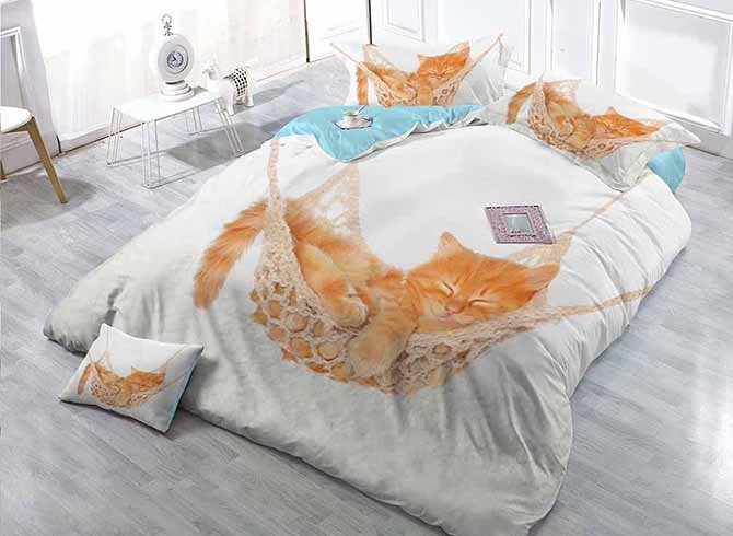Sleeping Cat Print Satin Drill White 4-Piece Duvet Cover Sets