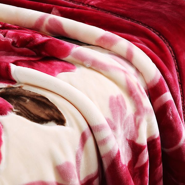 Classy Well-made Raschel Blanket with Red Floral Design