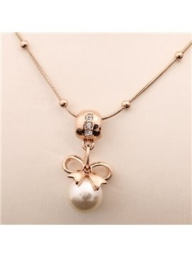 Women' s Diamante Pearl Bowknow Pendant Necklace