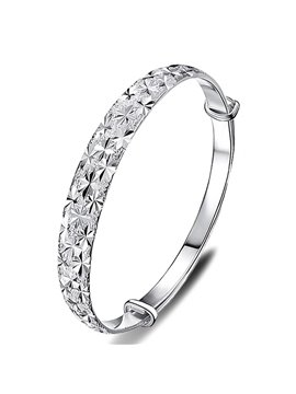 Women' s Fashion Sterling Steel Engraving Star Bangle