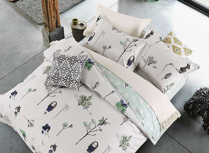 Stylish Concise Lovely Girls and Trees 4-Piece Duvet Cover Sets