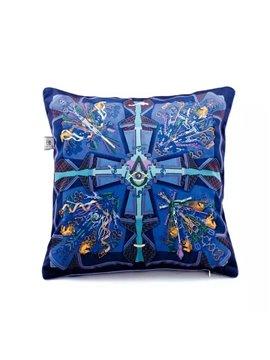 New Arrival Original Violet Throw Pillow