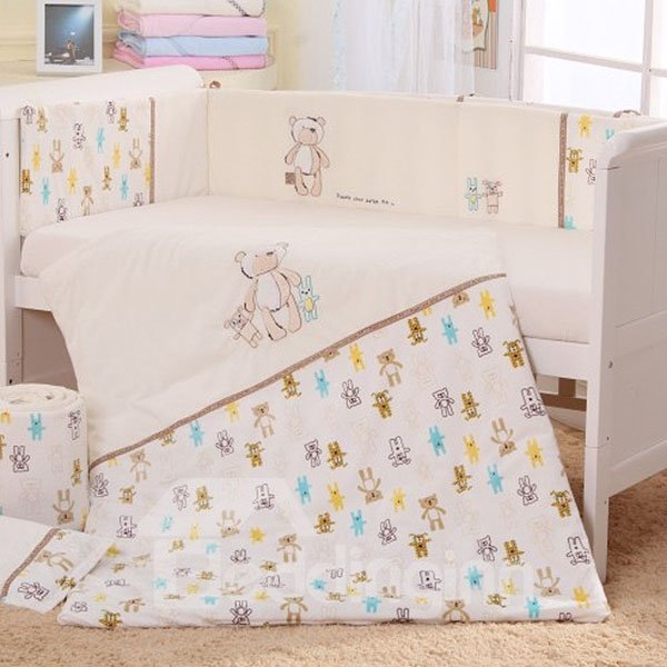 Cute Bear Hand in Hand Print 7-Piece Cotton Baby Crib Bedding Set