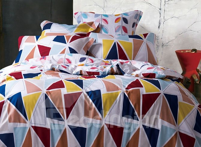 Beautiful Geometric Printing 4-Piece Duvet Cover Sets