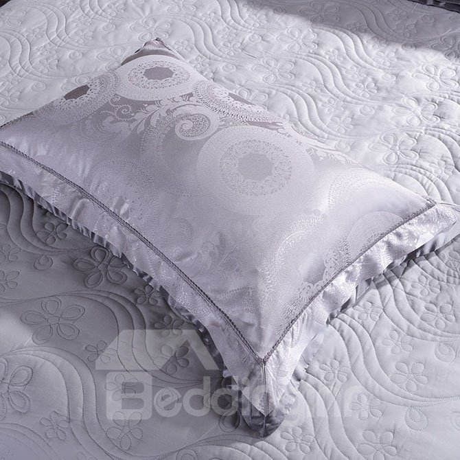 Noble Violet 4-Piece Jacquard Bamboo Fabric Bedding Set