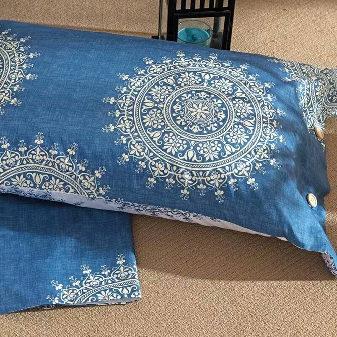 Concise Medallion Blue Background 4-Piece Cotton Duvet Cover Sets