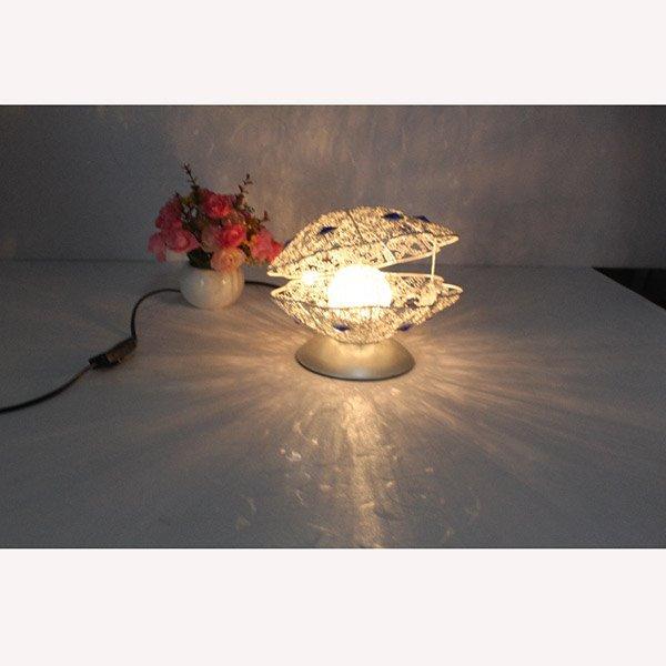 Creative Fashion Design Pearl Shape Home Decorative Table Lamp