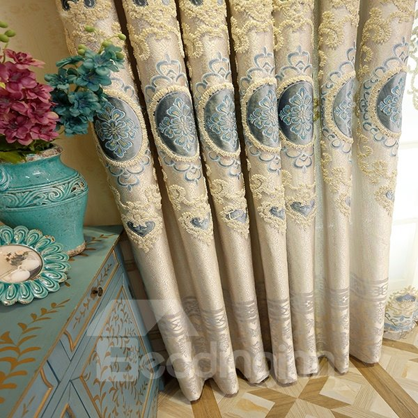 High Precision Jacquard Embroidery Blue Circle Pattern Grommet Blackout Curtain Panel