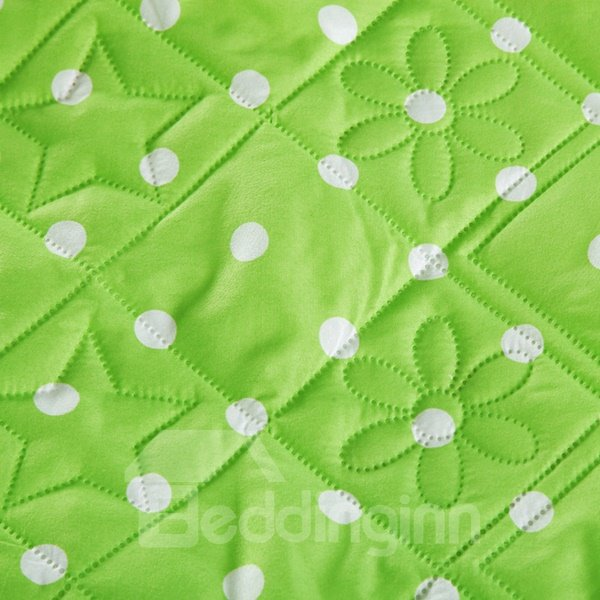 Fresh Green White Polka Dot Print Polyester Quilt
