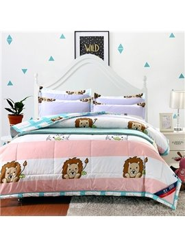 Unique Lions and Kitties Print Polyester Comfortable Quilt