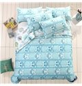 Delicate Lovely Dogs Print Light Blue Polyester Quilt