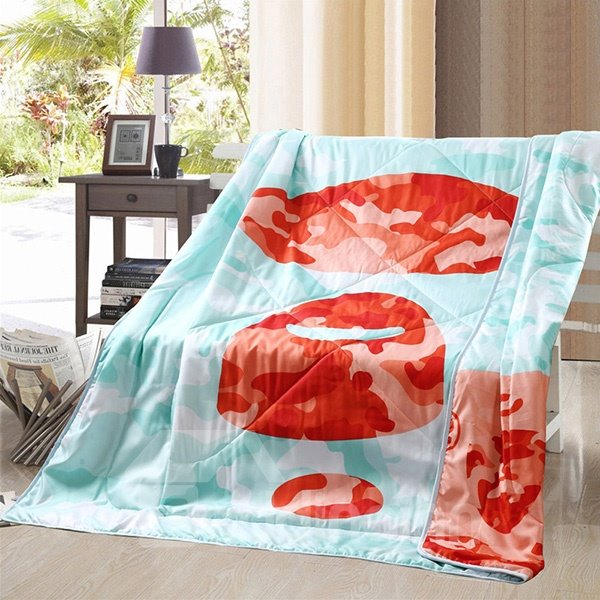 Unique Red and Blue Camouflage Polyester Summer Quilt