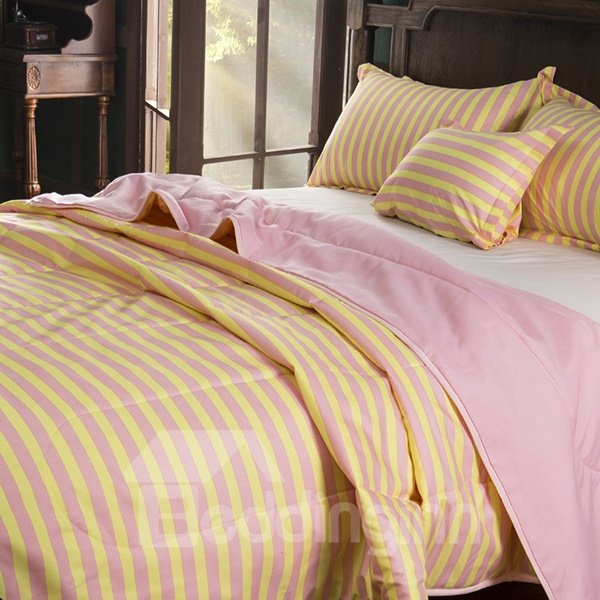 Sweet Yellow Stripes Pink Background Polyester Quilt