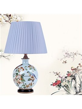 Pure Color Modern European Style Birds Pattern Table Lamp