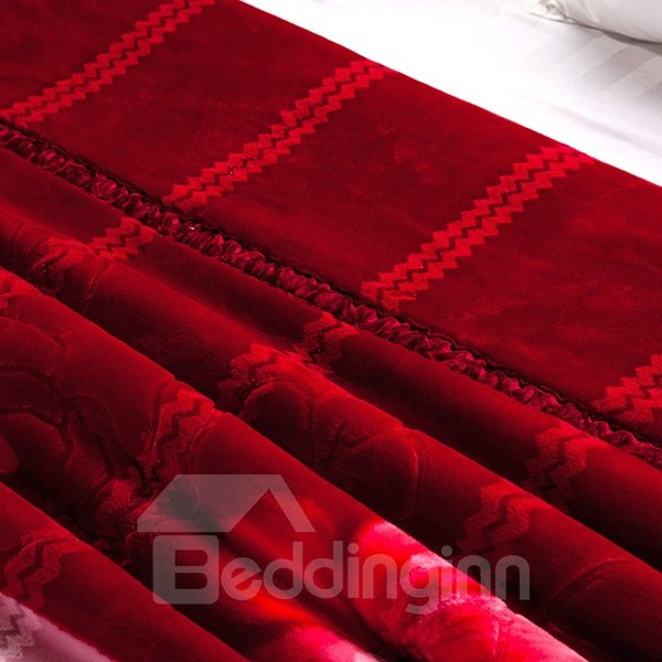 Fiery Red Retro Peony Design Raschel Blanket