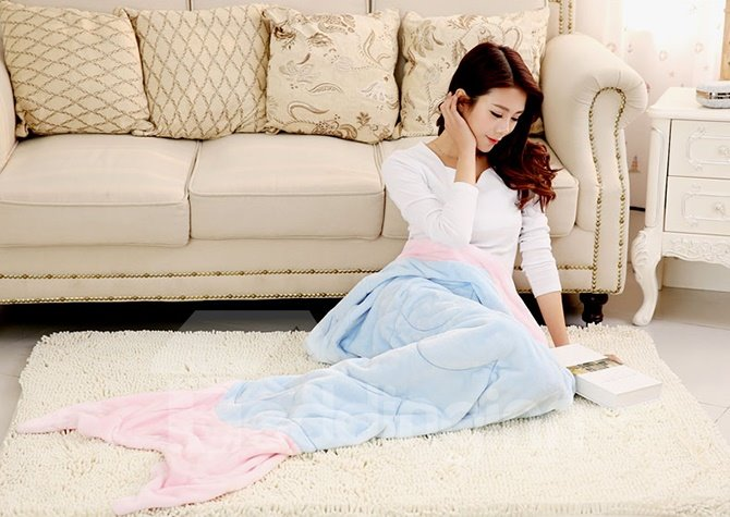Exquisite Highly Versatile Flannel Snuggle Mermaid Tail Blanket