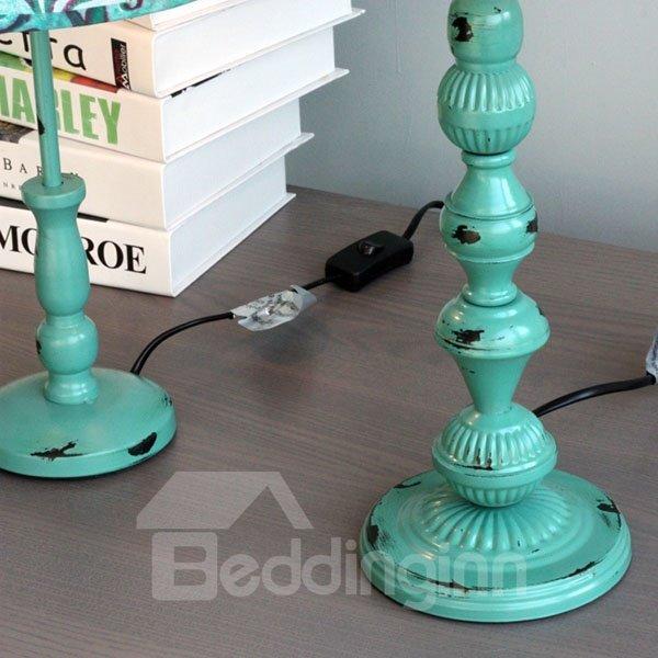 Amazing Iron European Style Flower Pattern Table Lamp