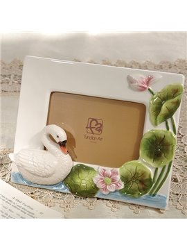 Decorative Ceramic Swan Pattern Photo Frame Painted Pottery