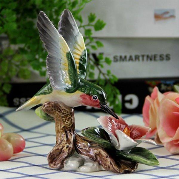 Funny Ceramic Hummingbird Desktop Decoration Painted Pottery