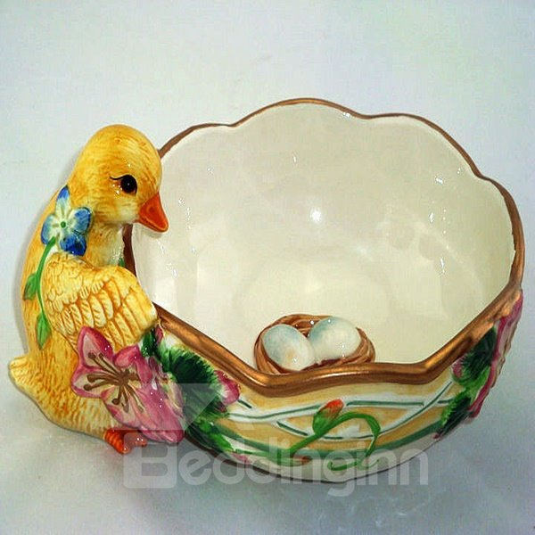 Cute Ceramic Pastoralism Chicken Candy Bowl Painted Pottery