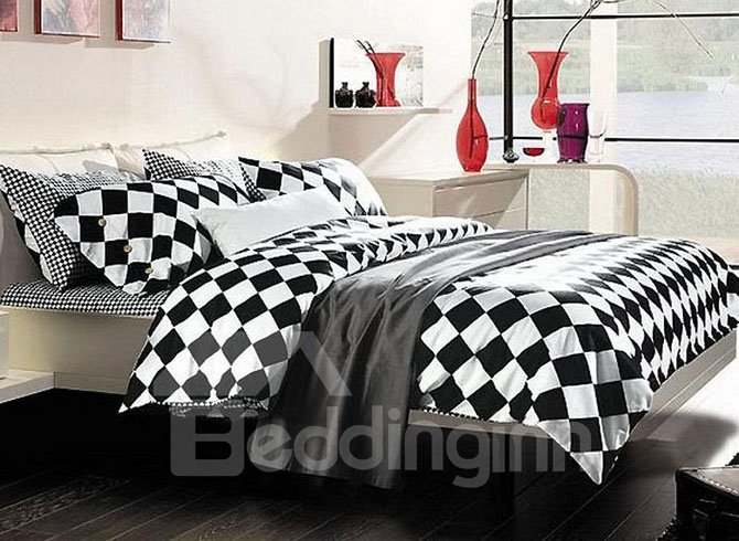 Popular Black and White Checkered 4-Piece Cotton Bedding Sets