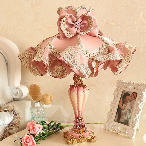Warm Pink Cloth Flower Pattern Decorative Princess Table Lamp