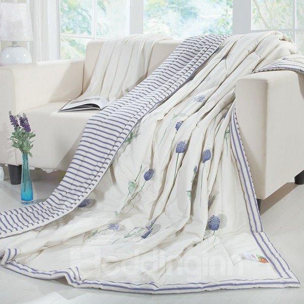 Luxurious Charming Lavender Print White Cotton Quilt