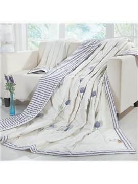 Luxurious Charming Lavender Print White Cotton Quilt