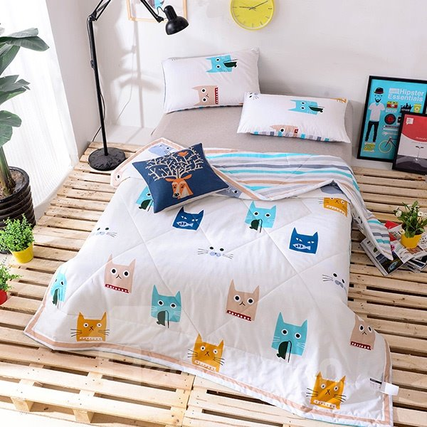 Lovely Cartoon Kitty Print Lightweight 100% Cotton Quilt