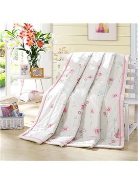 Beautiful Pink Floret Print White Cotton Quilt