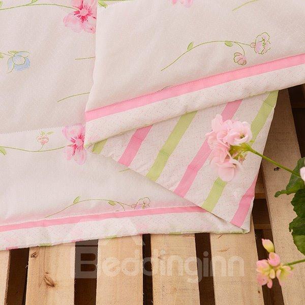 Beautiful Pink Floret Print White Cotton Quilt