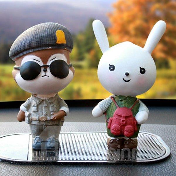 Funny Environment Resin Material Cartoon Rabbit And Bear Creative Car Decor